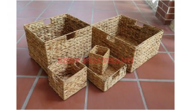 Set of 5 Water hyacinth Baskets